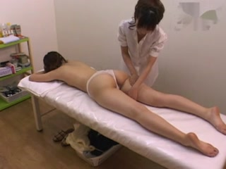 massage erotique lesbien asiatique massage très erotique